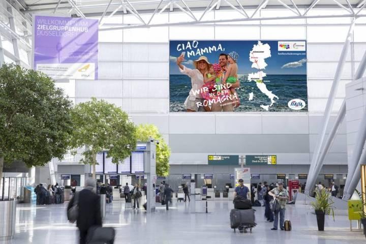 promozione multicanale brand romagna cartellonistica aeroportuale